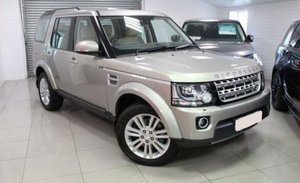 2014 Land Rover Discovery 4 HSE Front