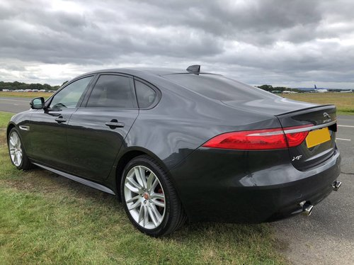 2018 Jaguar XF S side