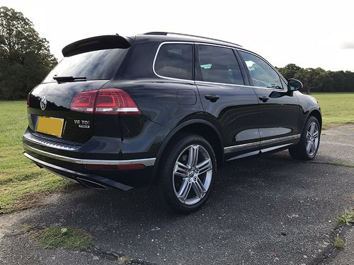 2015 VW Touareg NS Rear