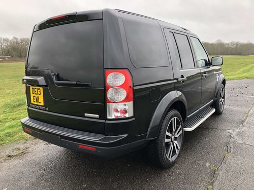 2013 Land Rover Discovery SDV6 HSE - rear