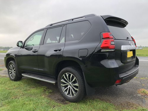 2017 Toyota Land Cruiser OS Rear